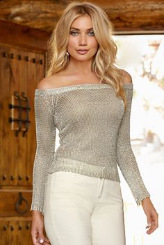 6c4ac6906 Metallic off-the-shoulder sweater Jean Outfits, Chic Outfits, Fall Outfits,