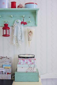 Heart Handmade UK: Colourful Craft Room And Interior Decor from Anrinko Blog