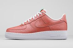 pretty nice 7cd69 211e4 Nike Presents Thermo-Reactive Air Force 1 Lady Liberty