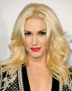 Want to see Gwen Stefani perform live? Join the Gwen Stefani Fan Group and Waiting Lists to attend the concert on July Holiday Hairstyles, Celebrity Hairstyles, Short Hairstyles, Blonde Hairstyles, Long Hairstyle, Hairstyles 2016, Latest Hairstyles, Hairstyle Ideas, Pretty Hairstyles