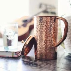 Drinking water stored in a copper water pitcher can be very good for the digestive system. In particular the water. Copper Uses, Pure Copper, Copper Vessel, Hammered Copper, Copper Toxicity, Benefits Of Drinking Water, Water Pitchers, Infused Water, Bronze Age