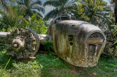 This wrecked Lockheed PV-1 Ventura, delivered to the US Navy as Bu. 34645 and later transferred to the Royal New Zealand Air Force as NZ4522, was hit in the starboard engine by a shell on September 9, 1944. The bomber, which had been part of a raid on Rabaul, limped on one engine to Talasea airstrip in New Britain. But the combination of heavy landing and short runway, which meant the aircraft couldn't take off again, saw the Ventura stripped for spares and abandoned.