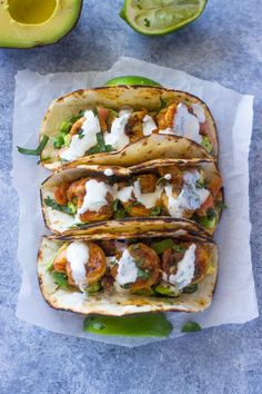 Spicy Shrimp Tacos with Avocado Salsa & Sour Cream Cilantro Sauce. Marinade in taco seasoning, lime juice and olive oil. Serve with lime sour cream, coleslaw, and avocado salsa. Healthy Food Recipes, Fish Recipes, Seafood Recipes, Mexican Food Recipes, Cooking Recipes, Yummy Food, Ethnic Recipes, Tasty, Recipes With Avocado