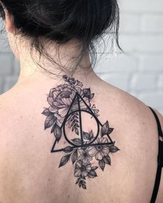 Top 50 Best Deathly Hallows Tattoos 2020 Inspiration Guide – My Tattoos Tattoo Tod, Hp Tattoo, Piercing Tattoo, Tattoo Flash, Mini Tattoos, Body Art Tattoos, Small Tattoos, Lower Leg Tattoos, Unique Tattoos