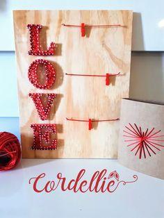 Quadro LOVE - em String Art com varal para fotos - Cordelliê