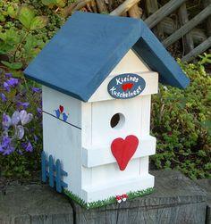 """Vogelhaus """"Kuschelnest"""" (blau / weiss)"""