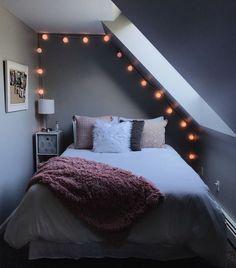 Bedroom furnishings- Schlafzimmer Einrichten Bedroom Setup – up up the room - Bedroom Setup, Bedroom Inspo, Bedroom Decor, Bedroom Ideas, Bedroom Crafts, Cozy Bedroom, Bedroom Inspiration, My New Room, My Room