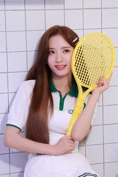 눈부신 우주소녀의 Summer! 스페셜 앨범 [For the Summer] - 지니 Yuehua Entertainment, Starship Entertainment, Cosmic Girls, Favorite Person, Sport Girl, Sweet Girls, Kpop Girls, In This World, Celebrities