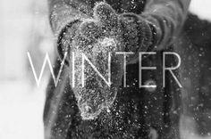Aujourd'hui, le 21 décembre, à partir de 11h44, nous entrerons dans le solstice d'hiver, passage vers 2017. Cette journée, la plus courte de l'année pour notre hémisphère, est aussi la naissa…