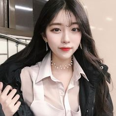 Pretty Korean Girls, Cute Korean, Beautiful Asian Girls, Korean Beauty, Asian Beauty, Korean Bangs Hairstyle, Ulzzang Korean Girl, Uzzlang Girl, Grunge Girl