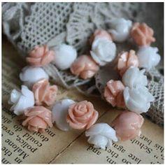 复古树脂玫瑰花 美 侧直孔 1.5元/2颗
