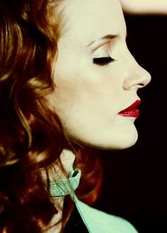 mooi rood is niet lelijk ♥ Red hair - Jessica Chastain Red Hair Inspiration, Beauty Makeup, Hair Makeup, Actress Jessica, Thriller Film, Gorgeous Redhead, Jessica Chastain, American Actress, Pretty Woman