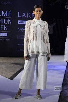 Androgyny | Lakme Fashion Week Summer/Resort 2011: Anamika Khanna