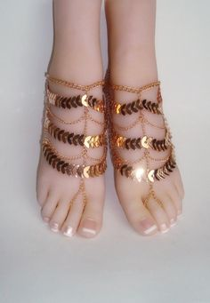 Gold Barefoot Sandals, of Barefoot Sandals, Gold Chain Barefoot Sandals, Wedding Barefoot San Glenda, Indian Shoes, Bare Foot Sandals, Beach Sandals, Enamel Jewelry, Jewellery, Stylish Jewelry, Ankle Bracelets, Black Laces