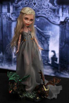 OOAK Monster High Daenerys Targaryen