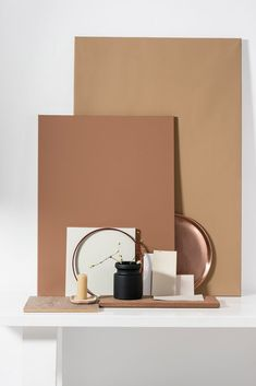 Miel ambré couleur dulux valentine 2019 - Home ideas and Dark Interiors, Colorful Interiors, Gold Interior, Interior Design, Design Interiors, Color Inspiration, Interior Inspiration, Terracota, Honey Colour