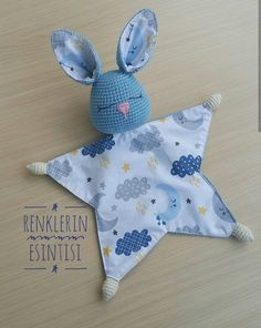 Baby Turban, Baby Patterns, Crochet Patterns, Sewing Projects, Diy Projects, Baby Lovey, Bunny Toys, Christmas Sewing, Newborn Baby Gifts