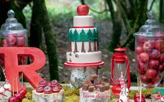 Little Red Riding Hood Guest Dessert Feature // I love everything about this party. The invitations too!