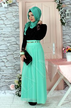 Classy maxi mint geeny skirt hijab style