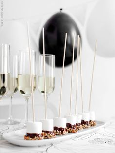 Marshmallow + champagne