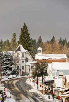 During the California Gold Rush, dozens of towns cropped up across the state, one of them being Nevada City (and also Grass Valley, just two miles down the road). Main Street America, Small Town America, North America, Nevada City California, Grass Valley California, California Travel, Usa Street, Christmas Town, Merry Christmas