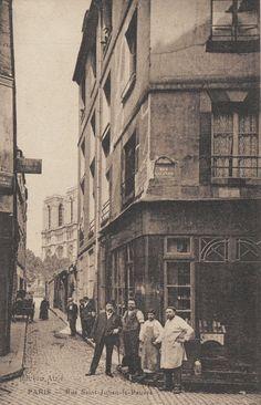 rue Galande - Paris 5ème La rue Saint-Julien-le-Pauvre au coin avec la rue Galande vers 1900. On voit Notre-Dame dans le fond...
