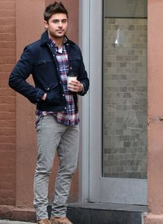 Perfect And Stylish Men Casual Outfit With Jacket 03 Celebridades Fashion, Mode Man, Moda Formal, Herren Outfit, Zac Efron, Mens Clothing Styles, Stylish Men, Casual Outfits, Men's Outfits