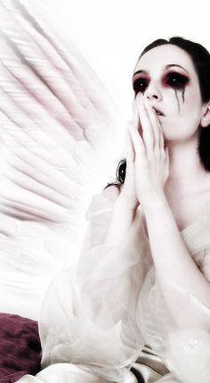 Google Image Result for http://mattstone.blogs.com/photos/christian_art_goth/gothic-angel-art.jpg