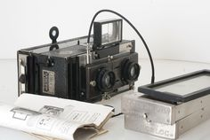 Stereo Photography of second World War in Antwerp with a Le Monobloc.