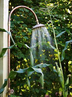 Slik får du bohemstil i hagen - Min Oase Outdoor Living, Outdoor Decor, Bird Feeders, Safari, Exterior, Shower, Home Decor, Bathrooms, Gardens