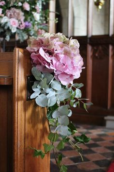 Kirchenschmuck Pretty pink hydrangea pew end Jacobean Style Antique Furniture Jacobean is a term use Pink Hydrangea Wedding, White Hydrangea Centerpieces, Floral Wedding, Church Wedding Decorations Aisle, Wedding Pews, Wedding Bouquets, Church Pew Flowers, Pastel Wedding Colors, Pew Ends
