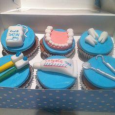 https://flic.kr/p/tnrjUo | 22119_10204057669149508_6907729376044206288_n | Dentist themed cupcakes