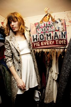 Lou Doillon - Model, Singer and ActressModel, Singer and Actress Lou Douillon, Fashion Beauty, Girl Fashion, Serge Gainsbourg, Charlotte Gainsbourg, Tracey Emin, Girl Thinking, French Models, Jane Birkin