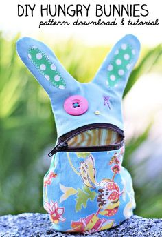 How to make a Zipper Bunny (free sewing pattern)