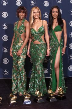 The 25 Most Embarrassing Destiny's Child Coordinated Looks. This describes the late 90s early 2000 so well!