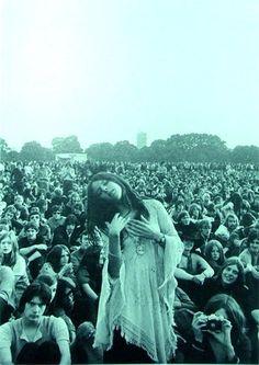 Wispy Dresses | 25 Groovy Trends Spotted From Woodstock Festival Street Style