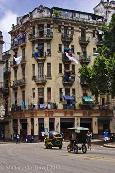 Old buildings, old & new transport, Havana, Cuba