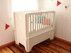 Resultado de imagen para moises colecho coco Cribs, Diy And Crafts, Bed, Furniture, Home Decor, Cots, Decoration Home, Bassinet, Room Decor
