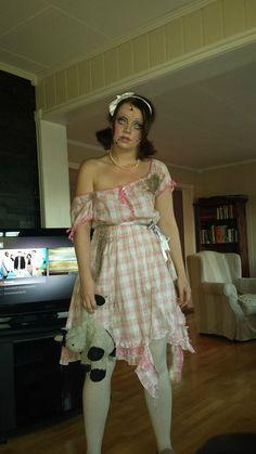 Creepy Doll - costume