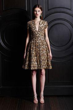 Naeem Khan Pre-Fall 2013 Fashion Show - Vika Kukandina