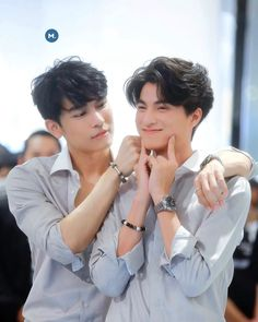 Asian Actors, Korean Actors, Otp, Wallpaper Wedding, Pretty Litte Liars, Young Cute Boys, Theory Of Love, Cute Gay Couples, E Type