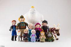 7042 Disney Frozen Crochet Kit 1433443525