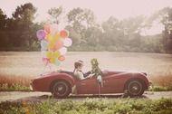*-* - Oldtimer-Blumenschmuck // Dreamday with Dreamcar - Wedding Getaway Car, Wedding Car, Diy Wedding, Dream Wedding, Wedding Ideas, Bridal Pictures, Wedding Photos, Deco Champetre, Fairy Lights Wedding
