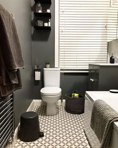 Our New Orleans Milan Vinyl is a great option when it comes to choosing your bathroom flooring! 🛁 ✨ Easy to maintain ✨ Slip resistant ✨ Durable 📷 terrace53 🛒 Order your Free Samples today! #Vinyl #VinylFlooring #Flooring #BathroomInteriors #dreamhouse #modernhome #interiorstyling #homeideas #bathroomdecor #bathroomdesign #homeinspiration #luxurydesign #housebeautiful #bathroomideas #homedesign #dreamhome #housedesign #interiorstyle #interiordesign #interiør #interior #luxuryhomes… Bathroom Flooring, Vinyl Flooring, Interior Styling, Interior Design, Free Samples, New Orleans, Luxury Homes, Beautiful Homes, Milan