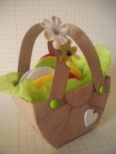 Horizon-Creations :: Workshop Tutorial: small paper basket Source by Diy For Kids, Crafts For Kids, Paper Basket, Kirigami, Favor Boxes, Easter Crafts, Stampin Up, Diy And Crafts, Workshop