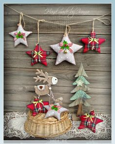 Give a unique touch to your Christmas tree with these delightful ornamental craft ideas. Plus, make our favorite DIY Christmas decorations, salt dough ornaments, and craft more creative holidays! Handmade Christmas Decorations, Felt Christmas Ornaments, Christmas Jewelry, Dough Ornaments, Christmas Sewing, Rustic Christmas, Christmas Holidays, Christmas Trees, Christmas Projects