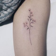 은은하게 남겨질 안개꽃 . #tattoos#타투#안개꽃타투