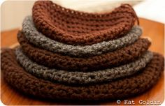how to crochet the proper sized hat...(AWESOMELY HELPFUL!).