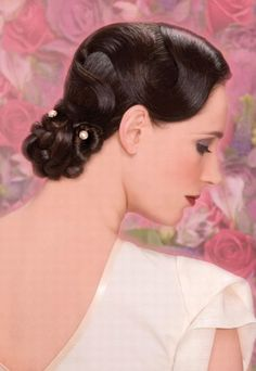 Wedding hairstyles for mid-length hair...Another stunner for the Gatsby Bride