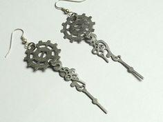 Steampunk Silver Gear Earrings  Steampunk by AmberIlysSteamcrafts, $10.00